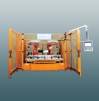 Dual robots ultrasonic welding machine